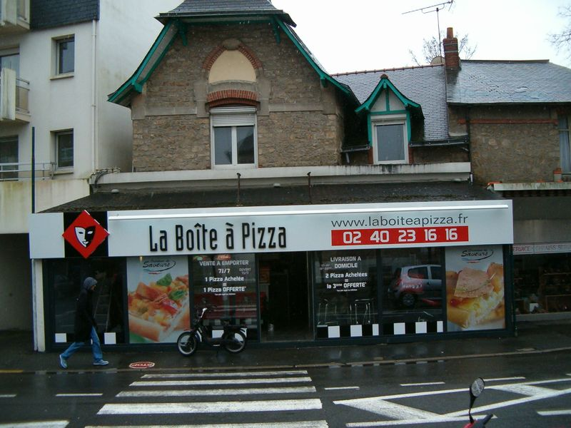 franchise commerce la boite a pizza go tez la diff rence franchise pizz ria. Black Bedroom Furniture Sets. Home Design Ideas
